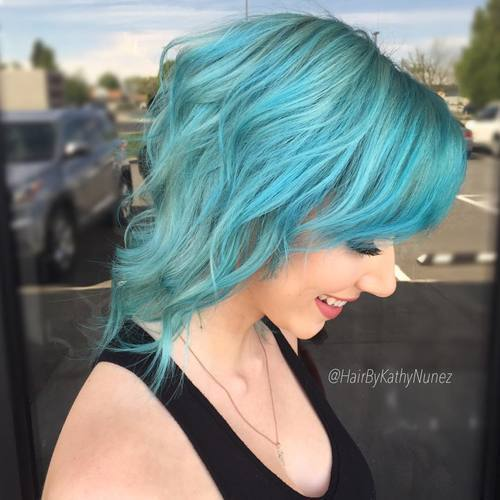 Mittellanges Light Teal Hair