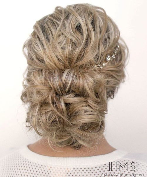 ниско Curly Blonde Updo For Long Hair