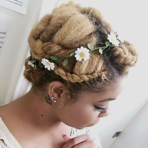 усукан updo for natural bleached hair