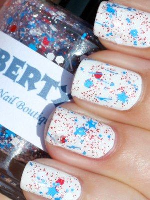 Fab Fatale's fourth of july nail art