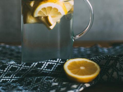 limone e zenzero al mattino per dimagrire